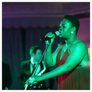 elite-events-singer-entertainment